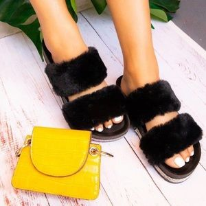 Black fur rhinestoned sandal